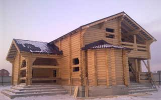 Внутренняя отделка дома из бревна ручной рубки