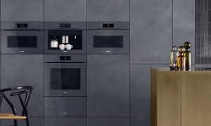 Как вытащить духовой шкаф из встроенной кухни?