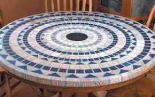 Как приклеить мозаику на деревянную поверхность стола?