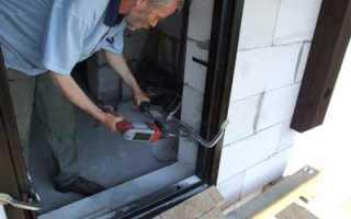 Как вставить металлическую дверь в газобетон?